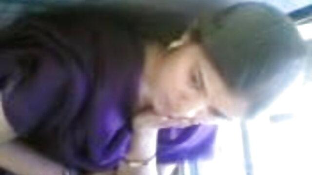 અતીશય કામોત્તેજક છોકરી સ્ત્રી સાથે ચશ્મા આવ્યા બીપી વીડીયો સેકસી એચડી કાસ્ટિંગ, વિશે વિચારો દાન