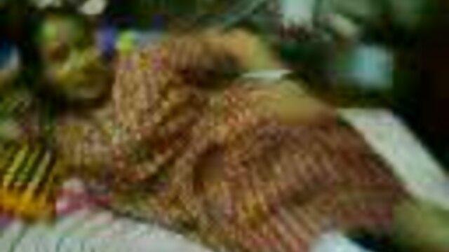 જૂના યુવાન સાથે હસ્તમૈથુનનો ગુલાબી પહેલાં સેક્સ સાથે ફુલ સેકસી વીડીયા એક મોટો લોડો