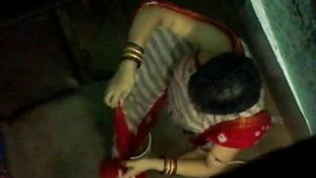 આ યુવાન અભિનેત્રી મોં માં એક મોટો નકલી લોડો પહેલાં ગુજરાતી સેકસી ફુલ વીડીયો હસ્તમૈથુન મુઠિયા મારવા પર ચોદતિ વખતે કૅસ્ટિંગ કરવુ