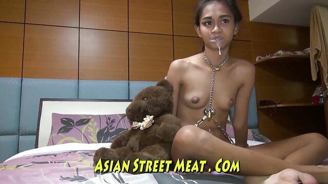 એશિયન છોકરી ઇંગ્લીશ સેકસી વીડીયા સાથે મોટી કુદરતી ડીંટડી ચોદવુ પછી છોકરી એક છિદ્ર દ્વારા