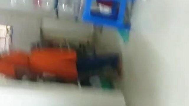 મોહક બ્રિટિશ સિરી છે સનીલીયોન ના સેકસી બીપી વીડીયો મનોરંજન અને મસાજ