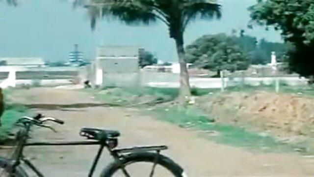 સેક્સ એક અજાણી વ્યક્તિ ગુજરાતી સેકસી ફુલ વીડીયો બાથરૂમમાં આ રેસ્ટોરાં આવેલું છે આ માણસ